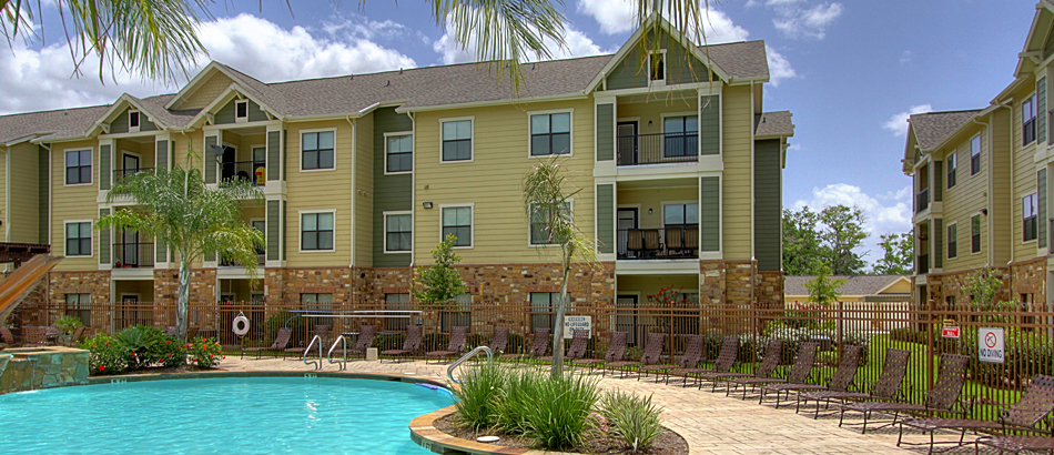 Houston Apartment Market Proves Resilient After Hurricane Harvey | CWS  Capital